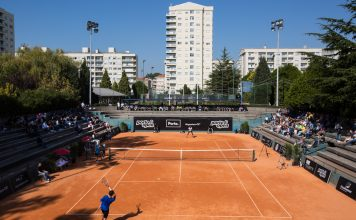 Court Central do Clube de Ténis do Porto durante a final de 2016 do Porto Open