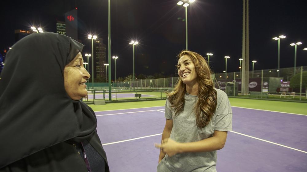 Fatma Al Nabhani e a mãe, Huda
